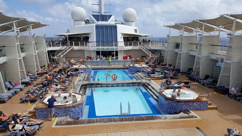 piscinas do Celebrity Silhouette