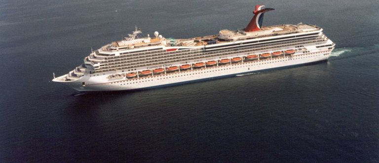navio Carnival Glory